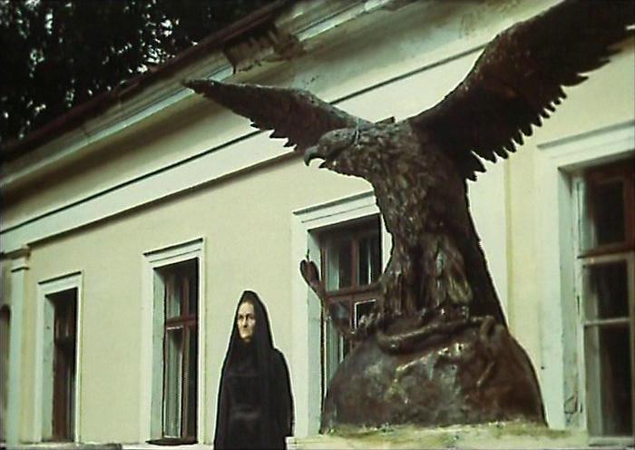 Чтобы читать онлайн книгу « бронзовая птица » перейдите по указанной ссылке. Приятного. И фильмы(кортик. Бронзовая птица)очень интересны.